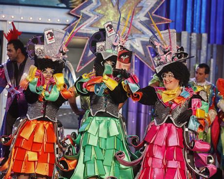 Los Chancletas abren el concurso de murgas del Carnaval de Los locos años 20, en el que participarán veinte grupos