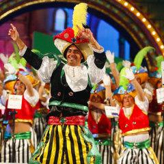 La novel Simpatikonas abre el concurso de murgas del Carnaval de La eterna primavera, en el que participarán veinte grupos