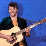 El músico madrileño Daniel Rovalher ofrece este viernes un concierto en San Martín