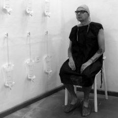 «La máscara social», «Rito del pacto» y «La maldición de lo efímero», exposiciones de la Fundación Francis Naranjo que ven la luz en Mata en el mes de julio